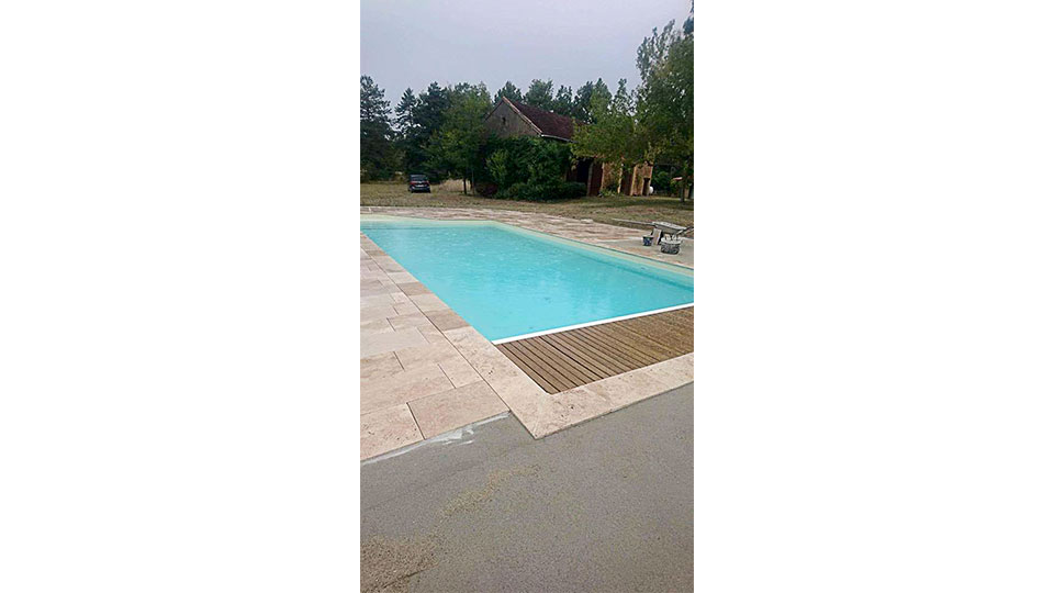 Création d'une plage de piscine